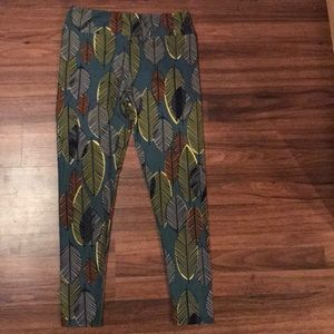 Lularoe tall and curvy leggings in new condition